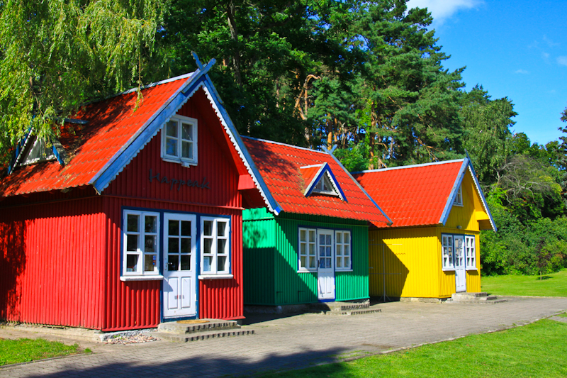 Casas de pescadores de colores en Nida